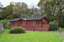 £75,000 - 3 Bedroom Holiday Lodge For Sale in Whitstone area – click for details